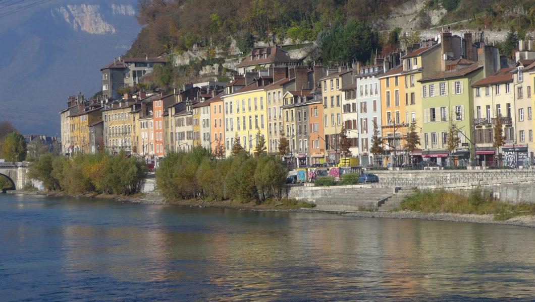 Quai Perrière - Ville de Grenoble - Nacarat - Charte couleur